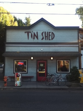 Tin Shed &amp; Garden Cafe