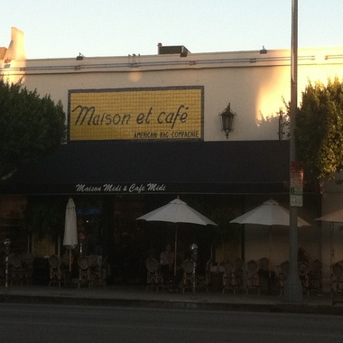 Maison Et Cafe