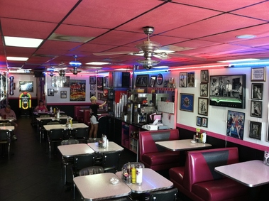 Deerwood Deli &amp; Diner