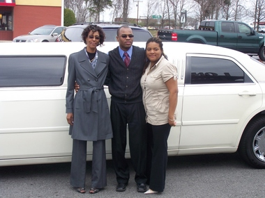 Couples Limousines