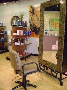 Columbia&#039;s The Salon