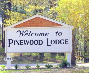 Pinewood Lodge & Campgrounds