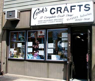 Cook&#039;s Arts &amp; Crafts