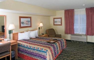 Best Western Navigator Inn & Suites -Everett