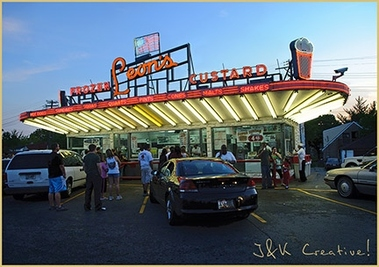 Leon&#039;s Frozen Custard Drive-In