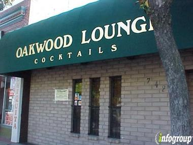 Oakwood Lounge