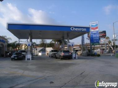 Hollywood Chevron
