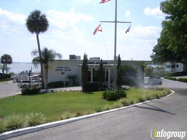 Mount Dora Yacht Club