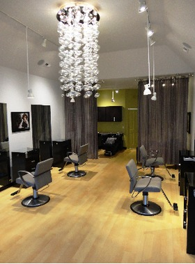 Luster Salon