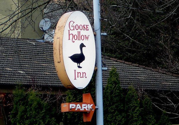 Goose Hollow Inn