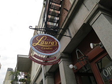 Laura's Candies & Creole Prlns