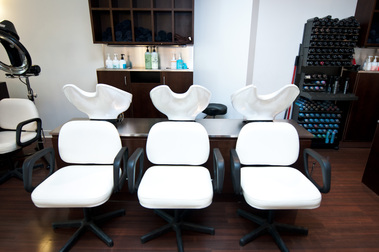 Johnathan Breitung Salon &amp; Luxury Spa