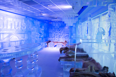 Minus 5 Ice Lounge at Mandalay Place